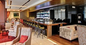 Pepperclub-Paparazzi-Bar-and-Lounge_featured