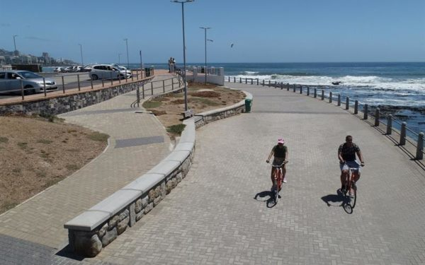 sea point2 600x375 - Sea Point Promenade undergoes revamp