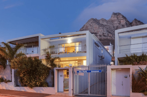 Screen Shot 2019 08 08 at 3.23.02 PM 600x396 - Coveted Cape property prices plummet