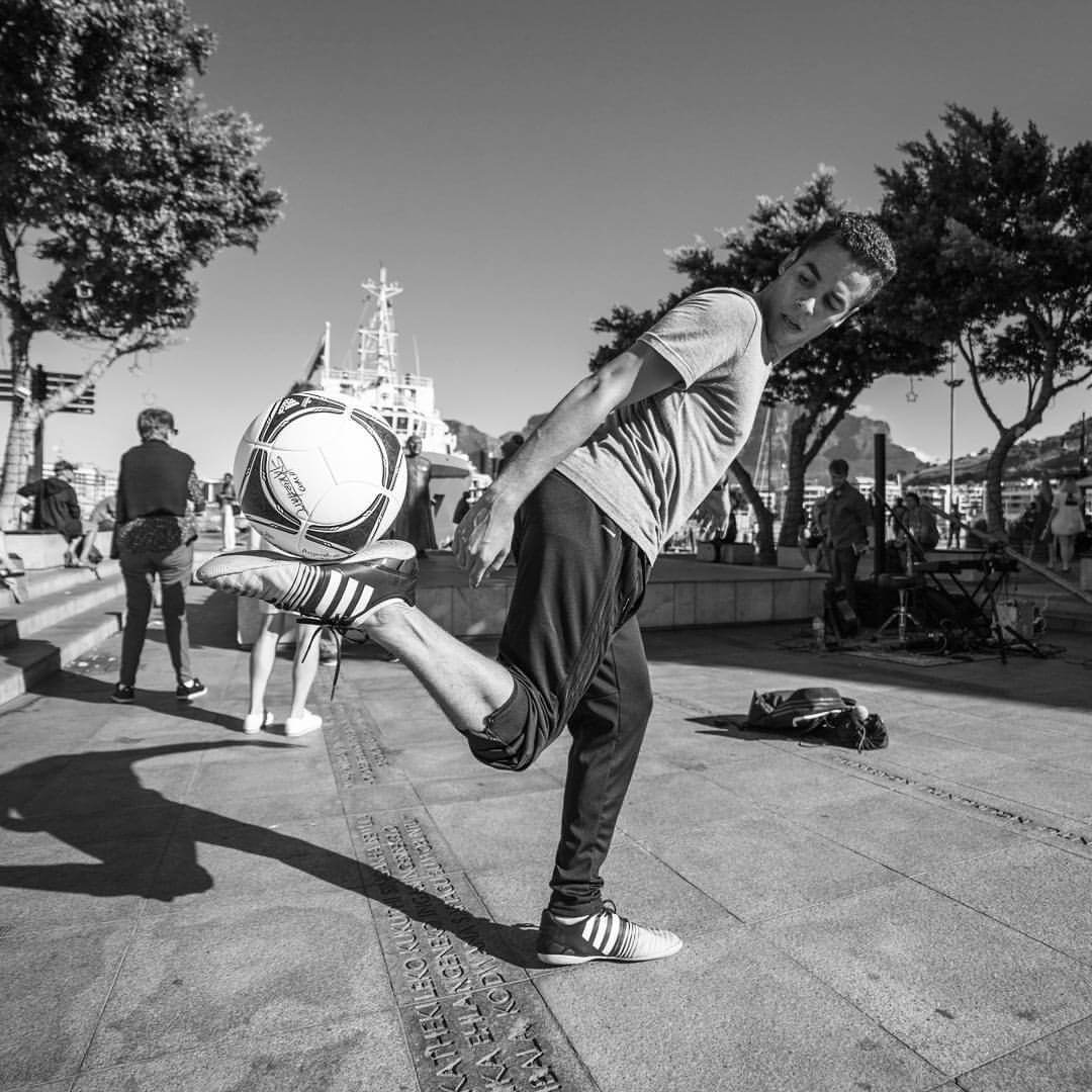 Kyle Rinquest from Cape Town Freestyle know how to work with a Soccer Ball