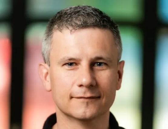 Simon van den Doel