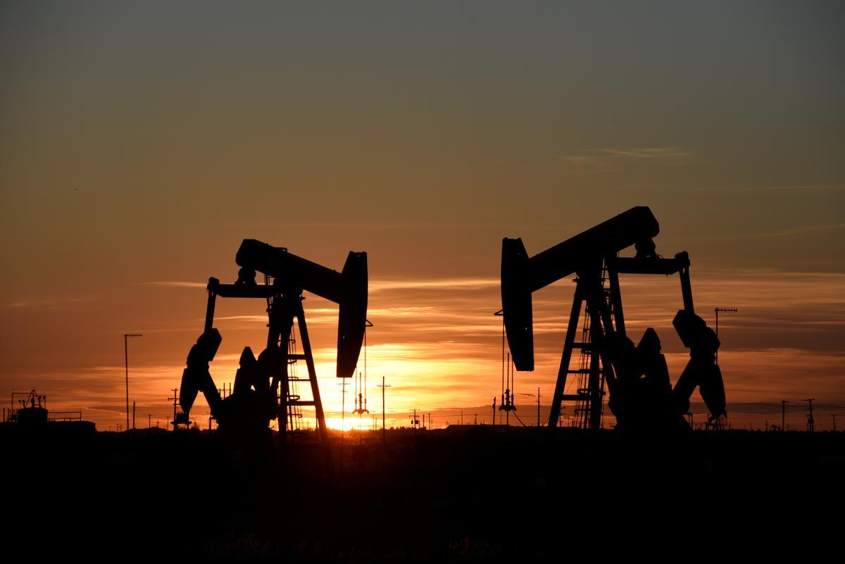 Oil prices slides 3% as U.S.-China trade war escalates