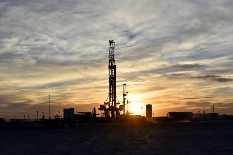 Oil prices rise 4% after biggest one-day fall since 1991 By Reuters