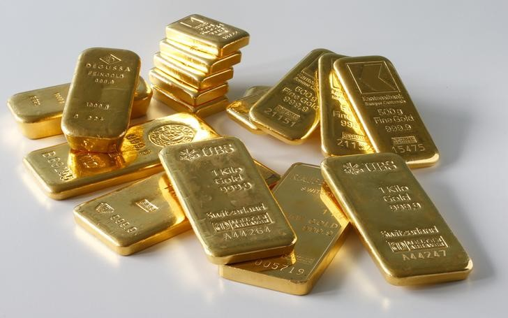 Gold Up, Investors Await Fed Policy Decision By Investing.com