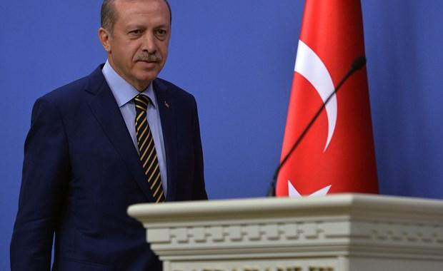 Υπό πίεση ο Erdogan εντός και εκτός συνόρων