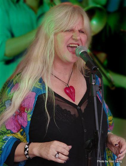 Julie Lamb at Cuba Dupa
