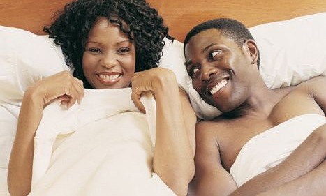 black-couple-bed1