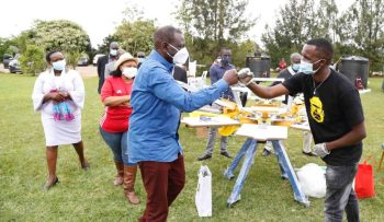 Ruto warns against tribalism, roots for unity as he empowers youth in business