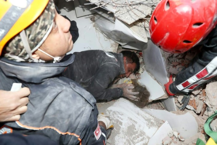 'Miracle' girl rescued 91 hours after Turkey quake