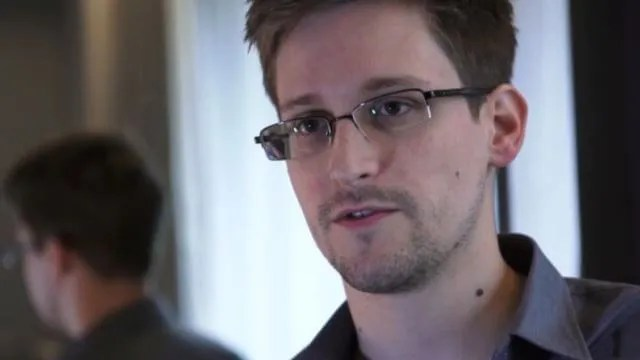 "Book Review: ""No Place to Hide: Edward Snowden, the NSA, and the U.S. Surveillance State"" by Glenn Greenwald"