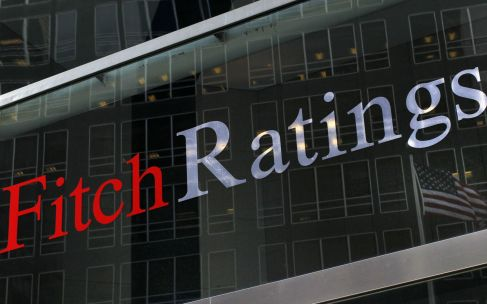 Fitch keeps S.Africa's investment-grade rating but cuts outlook to negative