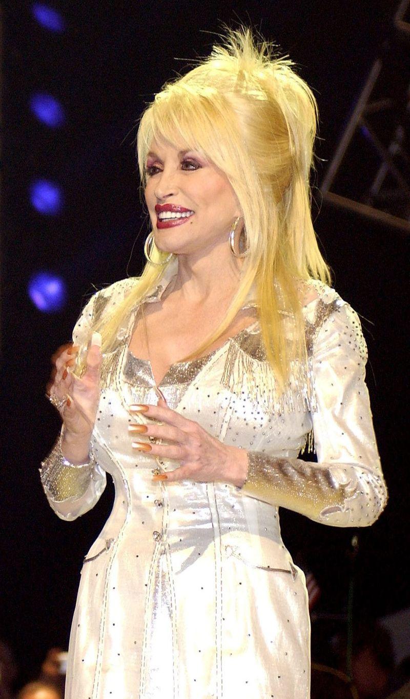 Dolly Parton in Nashville april 2005 TechSgtCherieThurlbyUSAF 1