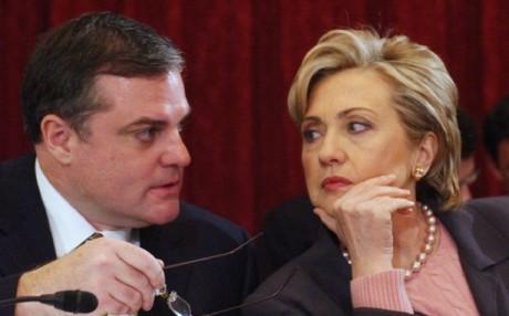 Senator Mark Pryor with Hillary Clinton (AP)