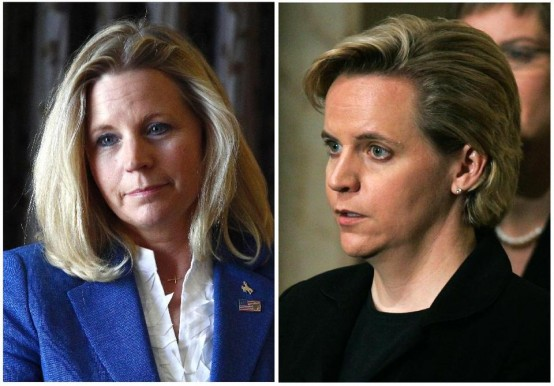 Liz Cheney (left) and sister Mary (AP)