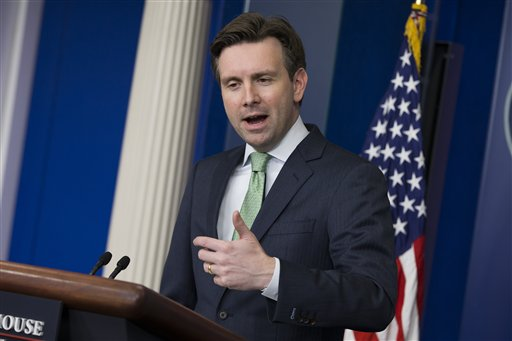 White House press secretary Josh Earnest  (AP Photo/Evan Vucci)
