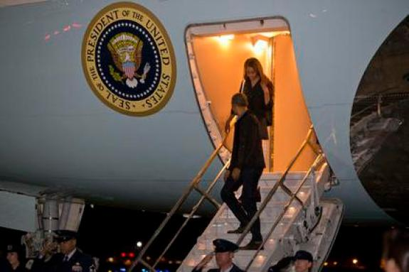 President Barack Obama and daughter Malia Obama exit Air Force One at Andrews Air Force Base, Md., on Saturday, April 9, 2016, on return to Washington after attending fundraisers in California. (AP Photo/Jacquelyn Martin)