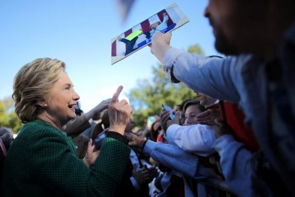 U.S. Democratic presidential nominee Hillary Clinton greets supporters during a campaign rally in Raleigh, North Carolina, U.S., October 23, 2016. REUTERS/Carlos Barria