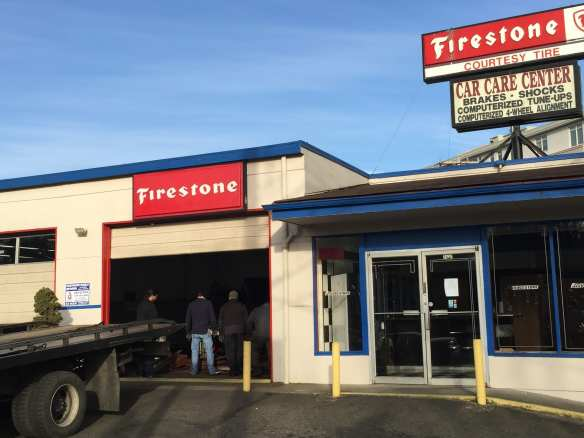 The Courtesy Tire folks have cleared out after nearly 50 years of business (Images: CHS)