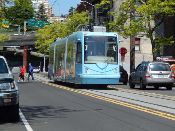 A First Hill Streetcar test run at 8th Ave S and S King (Image: SDOT)