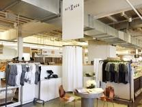 Kit and Ace pop-up studio at Union Market DC