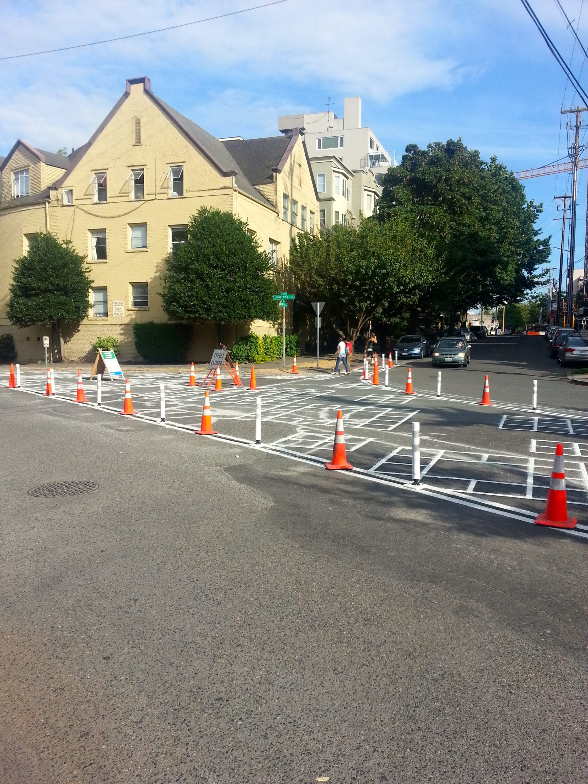 A little tactical urbanism puts parks in streets of First Hill, test pedestrian zone on E Pike