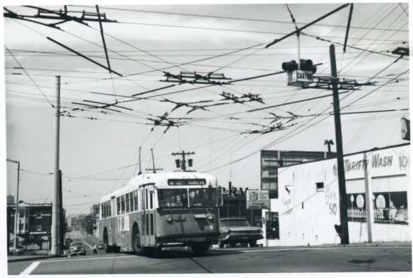 #615 Route 10 Capitol Hill outbound 15th & Pine Jul 19 1970