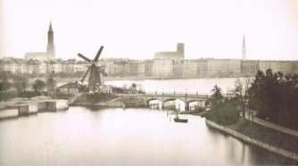 1860 Hamburg, Germany Photograph by JF Lau via wikimedia commons