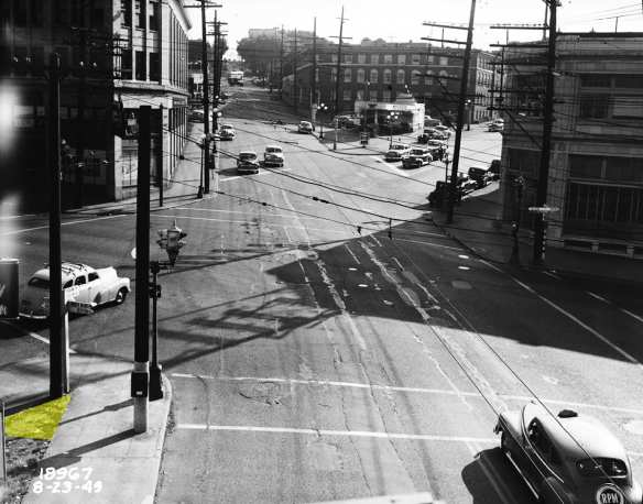 1949-08-23 Sea Muni Archivces - Madison at Union and 12th (triangle)