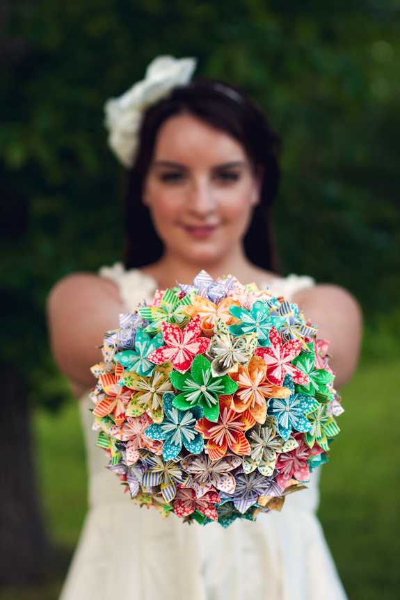 Origami Paper Flower Bouquet Tutorial by Lindsey of Elusive Photo Design, featured by Bree on Capitol Romance.