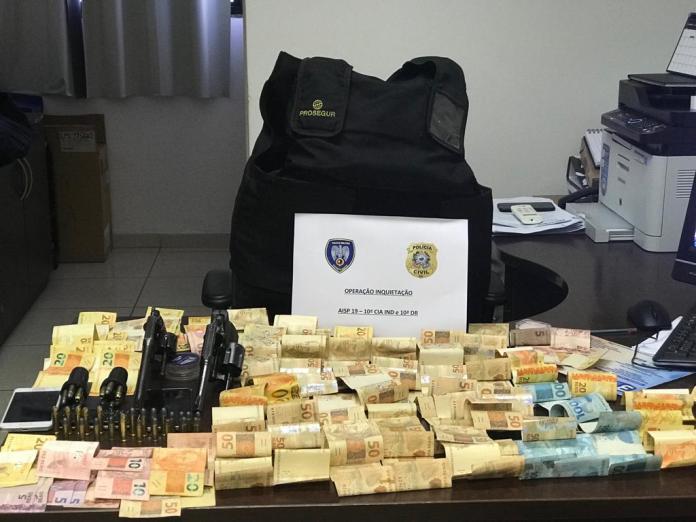 Polícia encontram armas, dinheiro e munição em Iriri