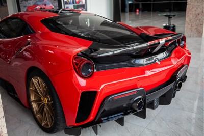 Ferrari_Pista_Heckspoiler_16_800_0820