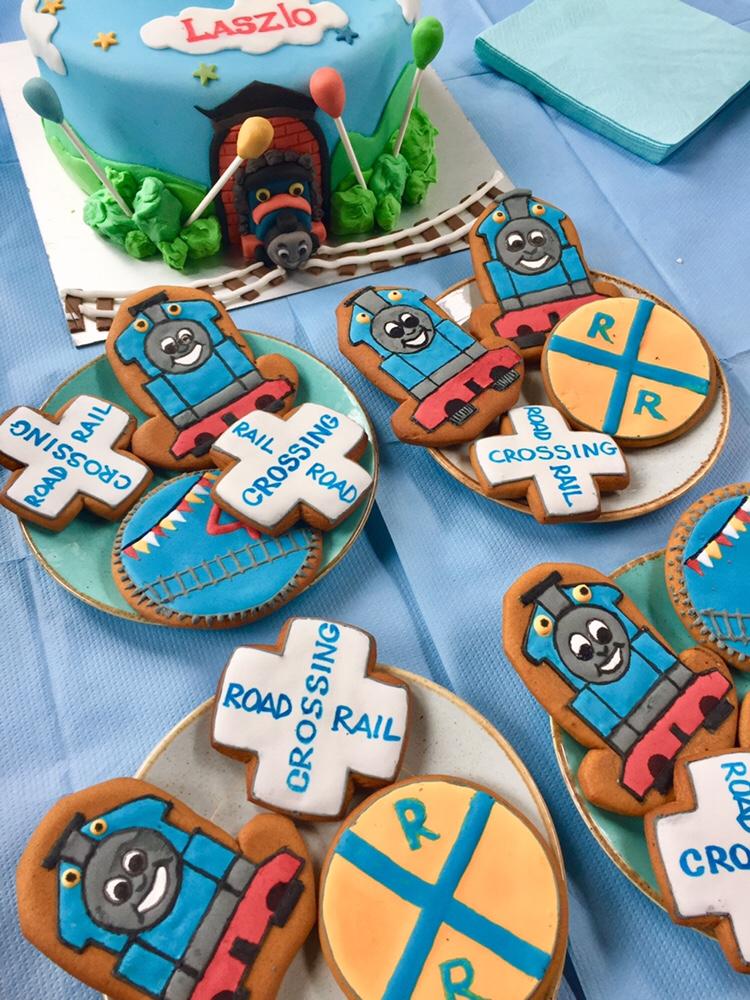 Thomas cookies