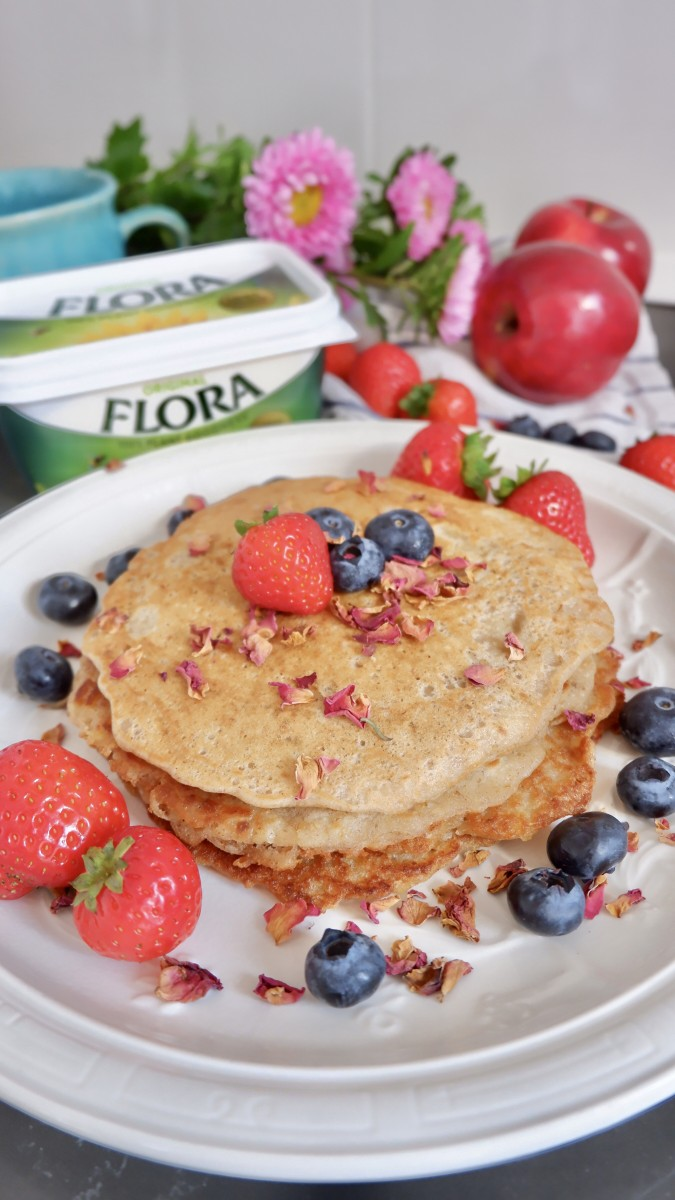 Vegan Spiced Apple and Oat Pancakes