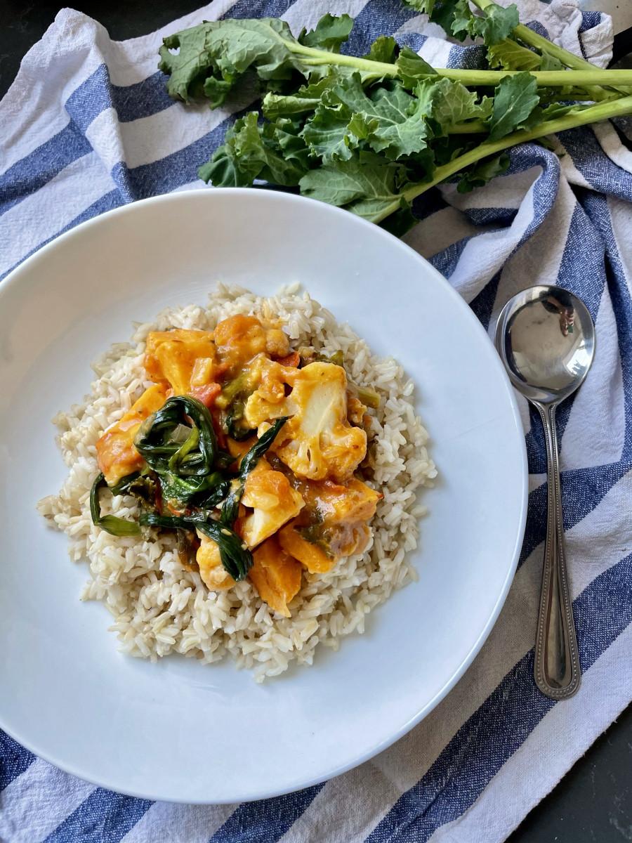 vegan thai sweet potato, cauliflower and wild garlic curry