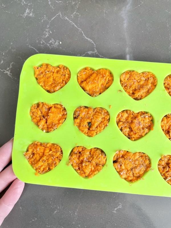 how to make heart shaped seed bombs