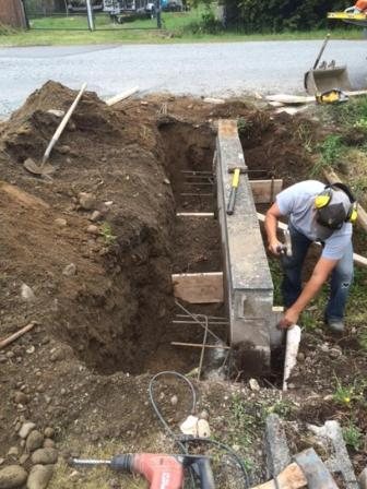 Concrete retaining wall repair in Surrey BC