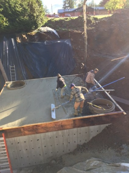 finishing-concrete-retention-tank-stillwood-chilliwack