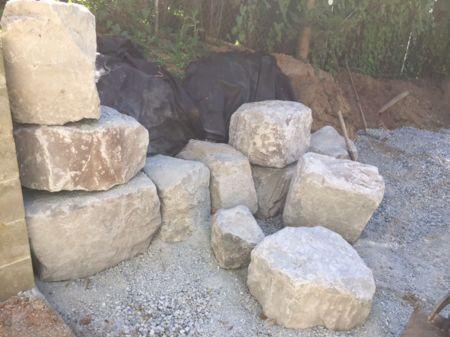 rock-retaining-wall-installation