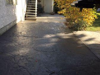 granite-stamped-concrete-driveway-3