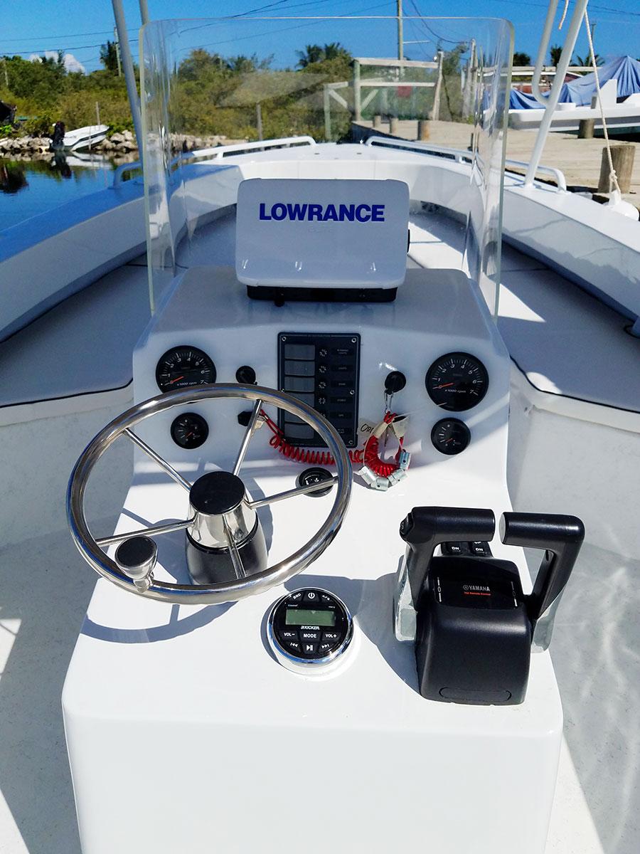 Captain Sharks Wahoo 28 Boat - Orchid Bay