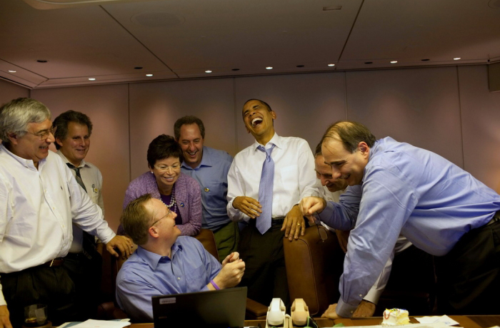 S...S....Hahaha... Sarah *breath*  hahahah... Palin?!  Hahahahahaha!!!