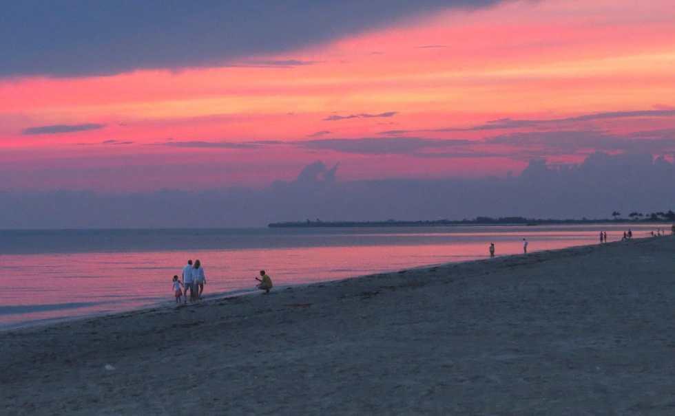 Captiva Fishing, Sunset, Sanibel Island, Memorial Day, Monday, 5-25-15, Sanibel Fishing & Captiva Fishing & Fort Myers Fishing Charters & Guide Service.