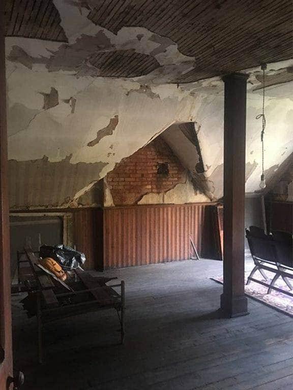 Kentucky 1890 Brick Fixer Upper