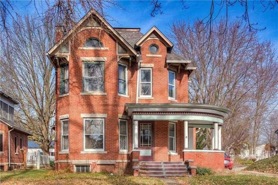 1898 Victorian For Sale In Ladoga Indiana