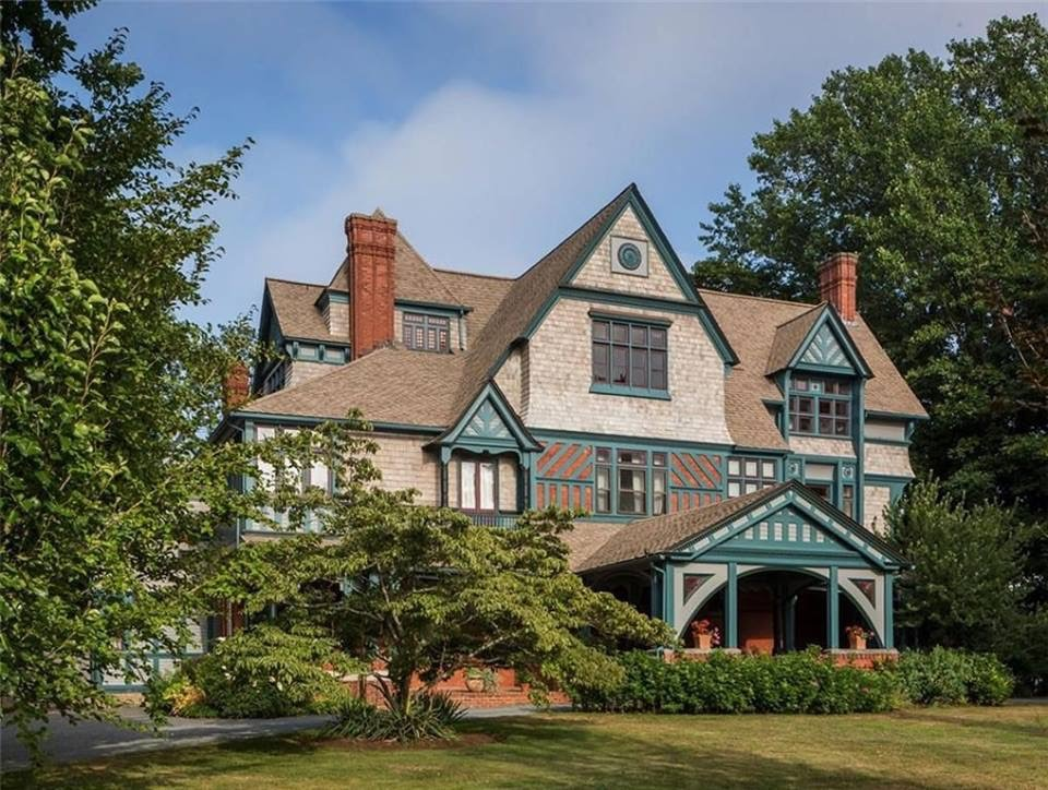 House For Sale In Rhode Island 5950000 328 Bellevue Ave Newport 02840 5 Beds Baths 6929 Sqft 183 Acres Mansion Queen Anne