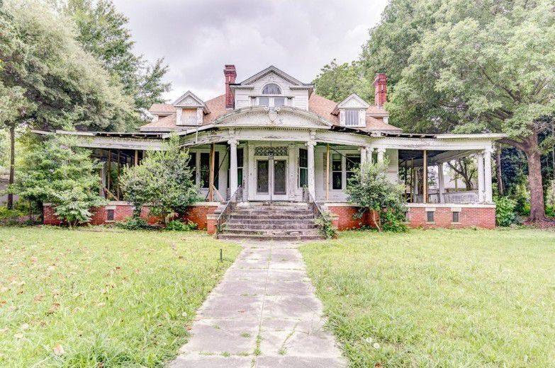 1908 Abandoned Mansion In Greenwood Mississippi — Captivating Houses