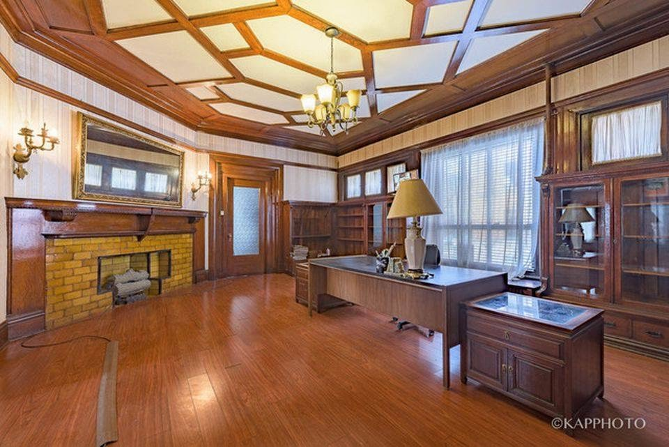 1890 Thomas A Wright House For Sale In Chicago Illinois