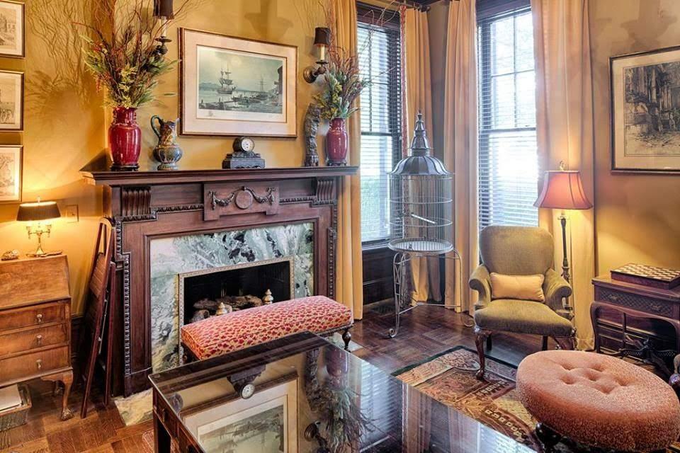 1907 Georgian Revival For Sale In Savannah Georgia