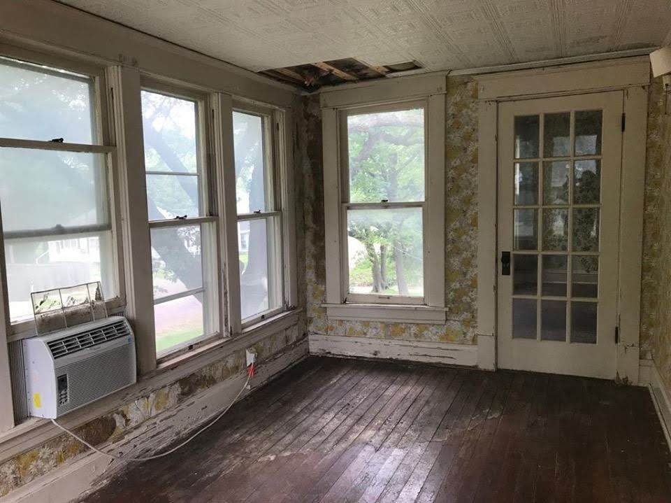 1900 Victorian For Sale In Independence Kansas