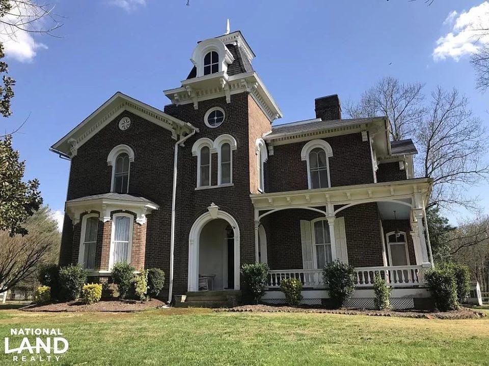 1872 Italianate For Sale In Philadelphia Tennessee